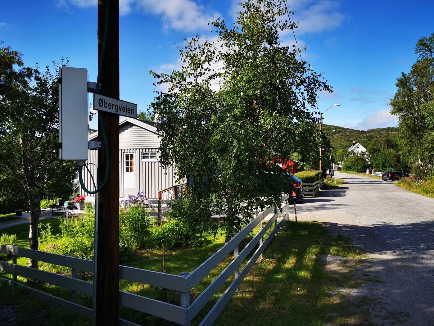 Signal planlegger å bygge fiber i Øbergveien i Bjørnevatn i Sør-Varanger.