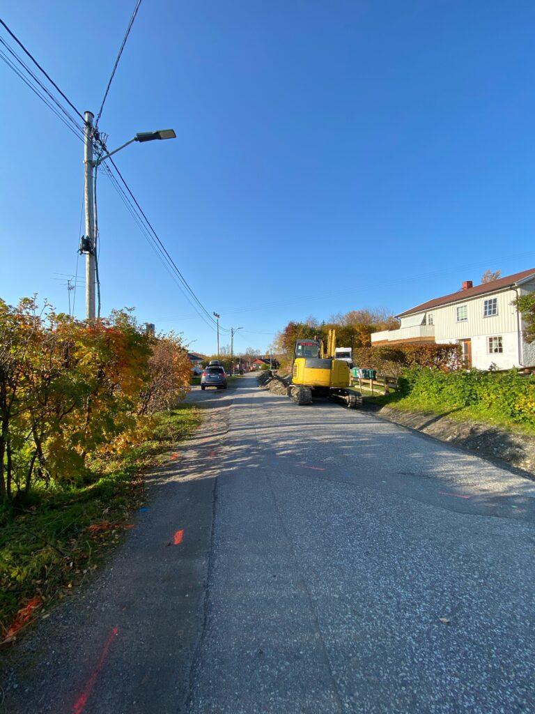 Signal gjør kabelpåvisninger på Hesseng i Sør-Varanger i forbindelse med utbygging av fiber og Altibox
