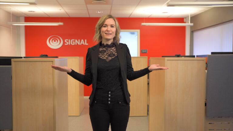 Eirin Adriane fra Signal forteller om fiberutbygging i Finnmark